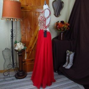 Bicici & Coty Dresses - BICICI & COTY Red & Gold Cocktail Gown Size M